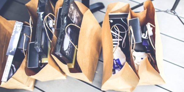quand-offrir-cadeau-affaire