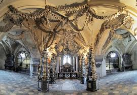 Destinations terrifiantes Ossuaire Sedlec